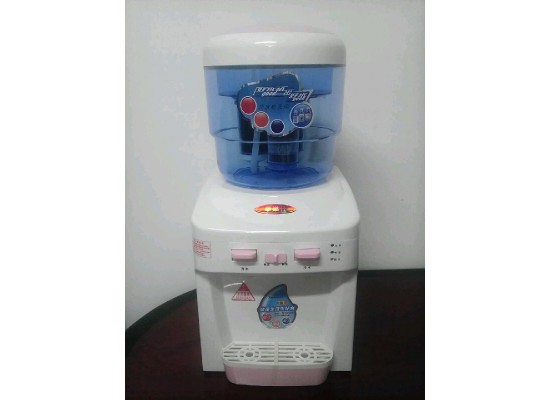 Mini Hot and cold water dispenser with filters
